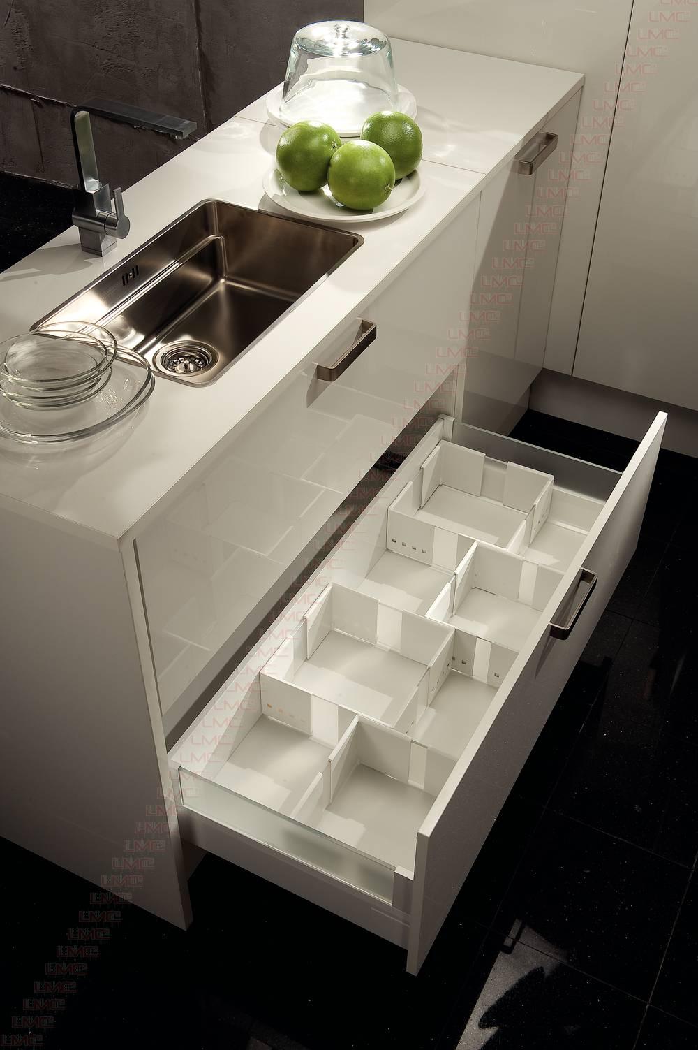 Amenagement pour provision cuisio with accessoire tiroir for Amenagement tiroir cuisine