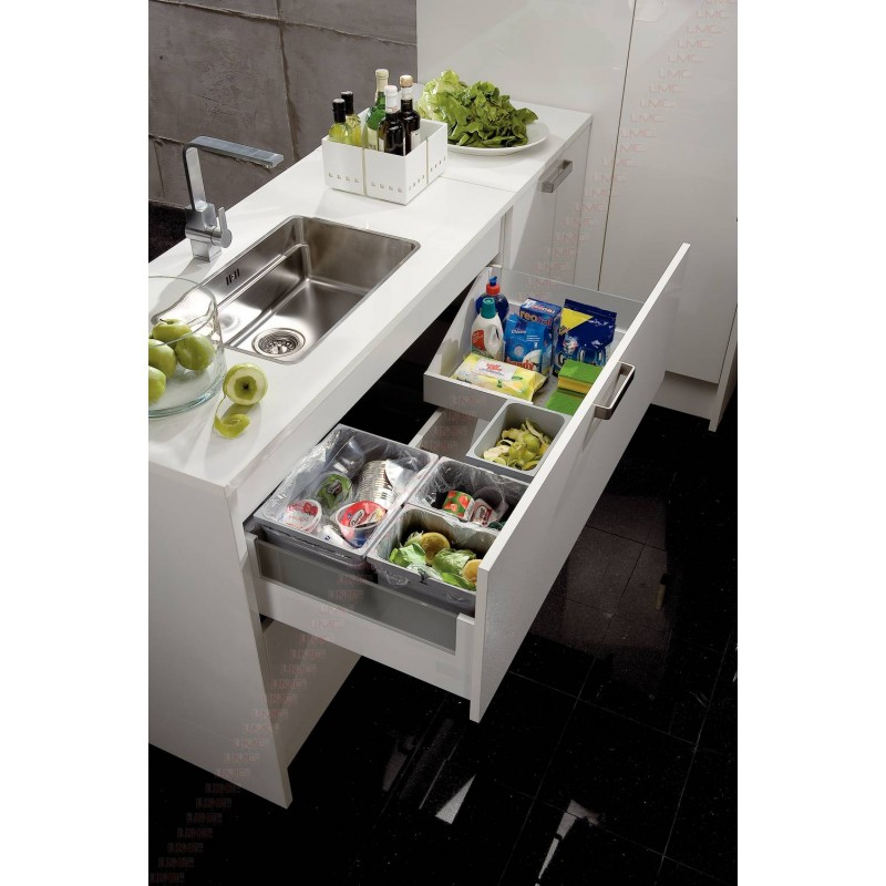 set modulable pour poubelle tiroir coulissant accessoires de cuisines. Black Bedroom Furniture Sets. Home Design Ideas