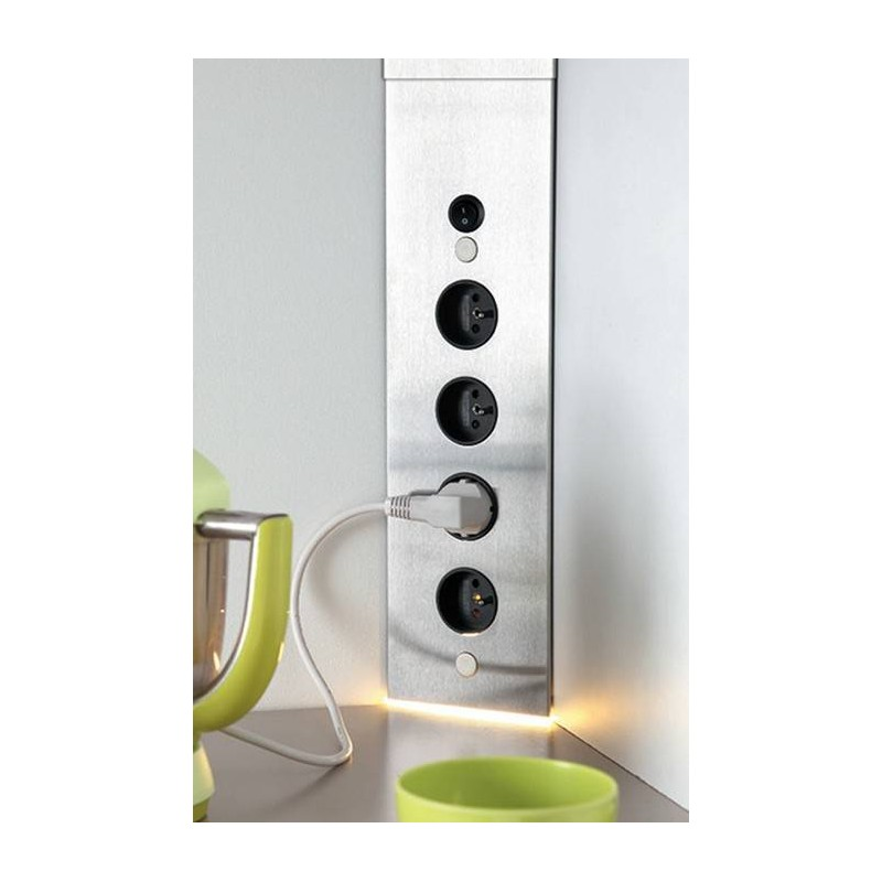 bloc prise d 39 angle avec led sous meuble haut accessoires de cuisines. Black Bedroom Furniture Sets. Home Design Ideas