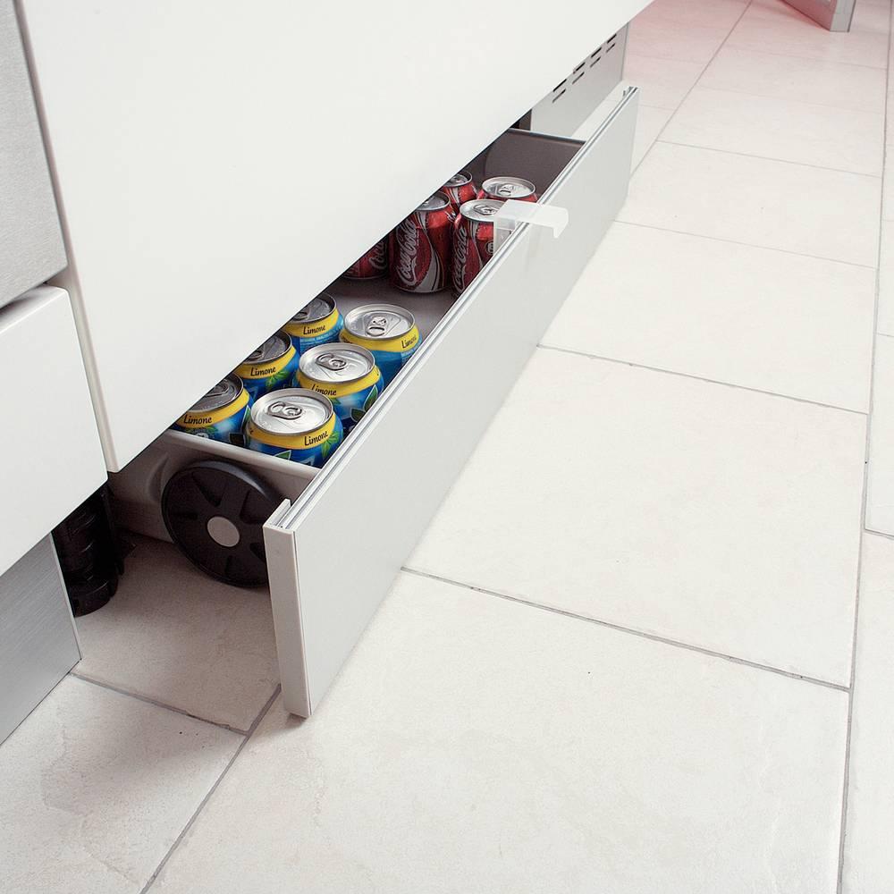 Mettre Des Roulettes Sous Une Table tiroir rangement sous meuble bas accessoires de cuisine
